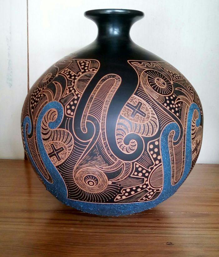 Único ceramic pot - Artist Miguel Maldonado 170630